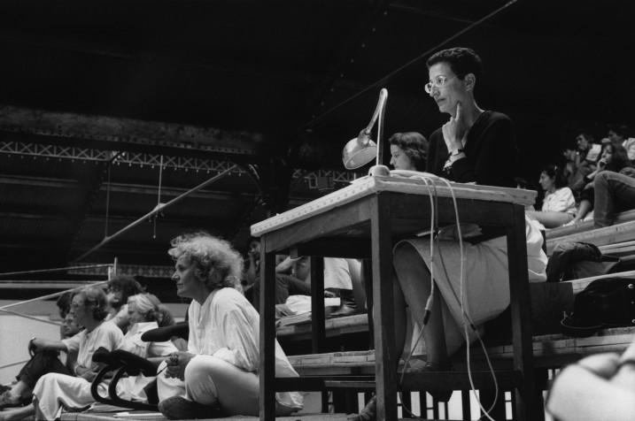 Ariane Mnouchkine, Sophie Moscoso et  Hélène Cixous,1985. Image : Martine Franck ⓒ Magnum photos.
