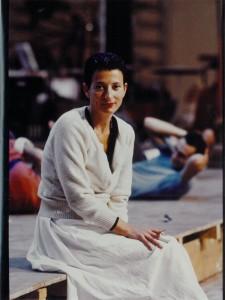 Hélène Cixous lors d'une répétition de la pièce en 1985.ⓒ Michèle Laurent.
