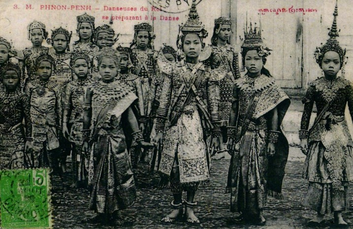 Danseurs Cambodgiens.